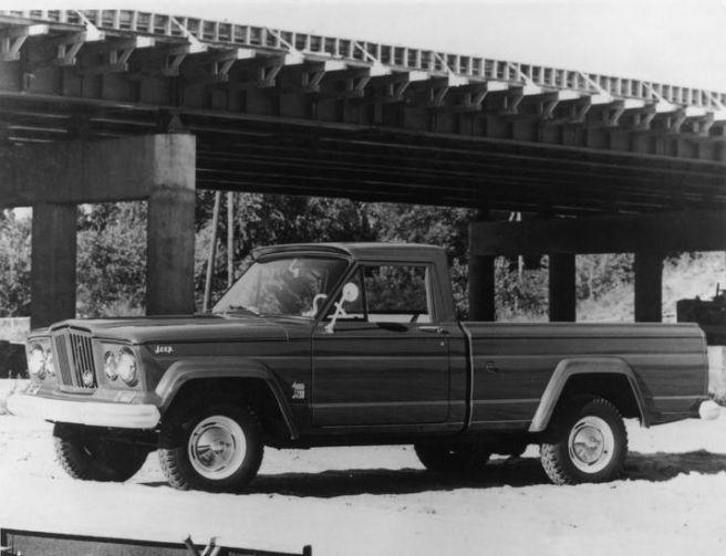 ジープ グラディエーター 1963年モデル
