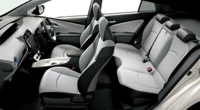 トヨタ プリウス 2015年モデル Aツーリングセレクション 内装