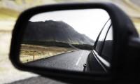 ドライブ中のイヤな腰痛はこれで解消?簡単に腰痛対策できる3つの方法