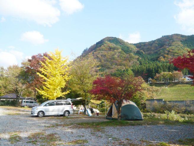 鬼怒川温泉オートキャンプ場サイト