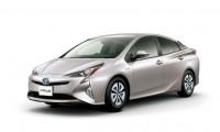 新型プリウスの年間維持費まとめ!車検費用や税金や修理費や保証や燃料費など