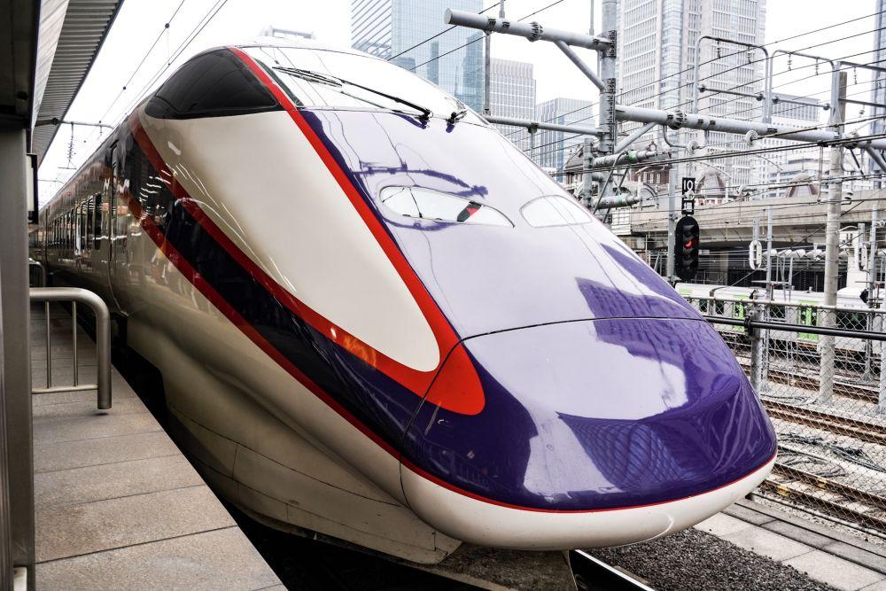山形新幹線 E3系2000番台 先頭車両