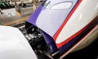 山形新幹線E3系2000番台に乗車!0-100km/h加速62.5秒の車内で東京駅No.1駅弁を堪能