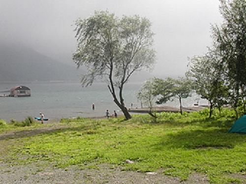 西湖湖畔キャンプ場 西湖