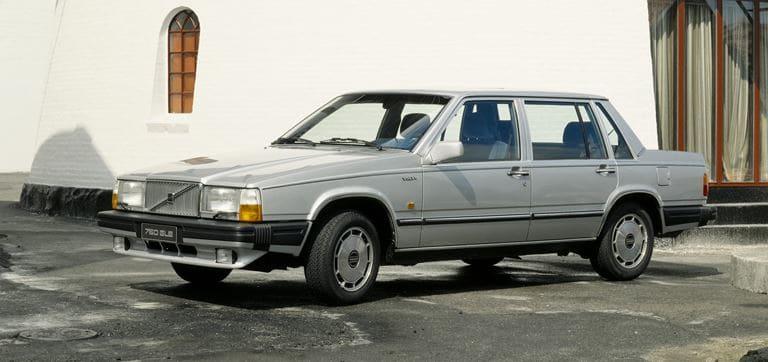 ボルボ 760セダン