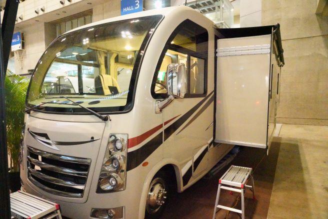 ジャパンキャンピングカーショー2019_212