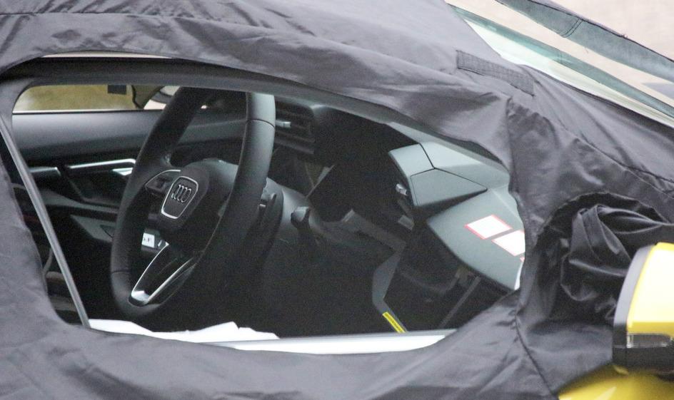 アウディ 新型S3 2019年