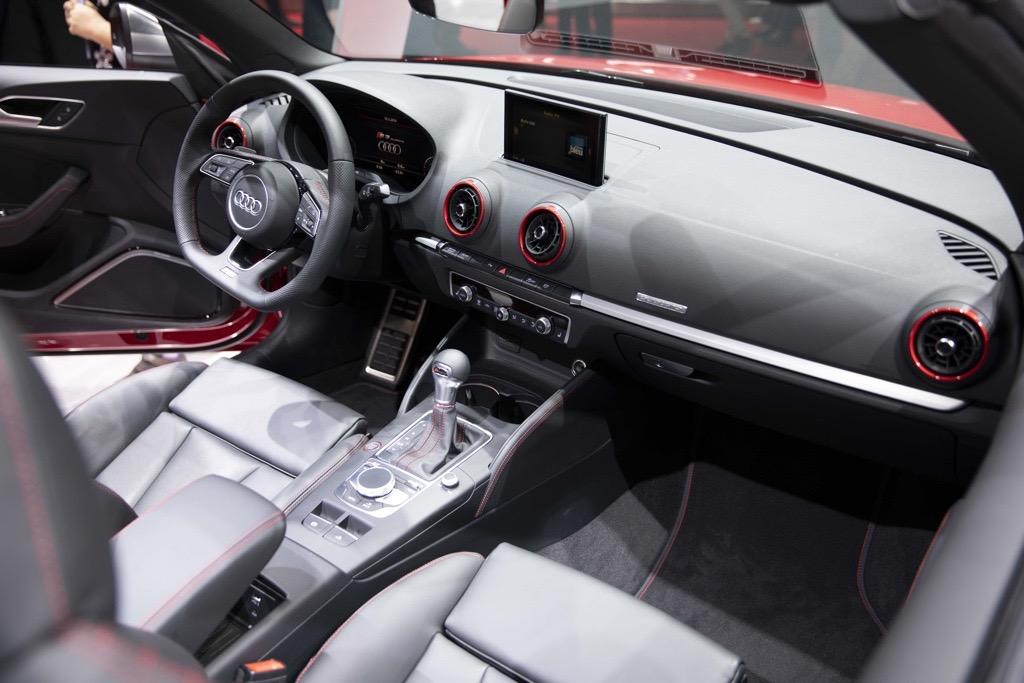 アウディ S3 ジュネーブモーターショー2019