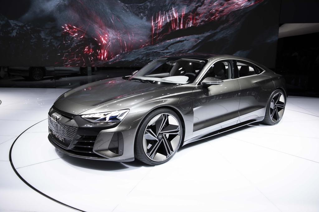 アウディ e-tron GT ジュネーブモーターショー2019