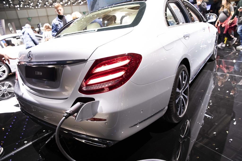 メルセデス・ベンツ E 300de ジュネーブモーターショー2019