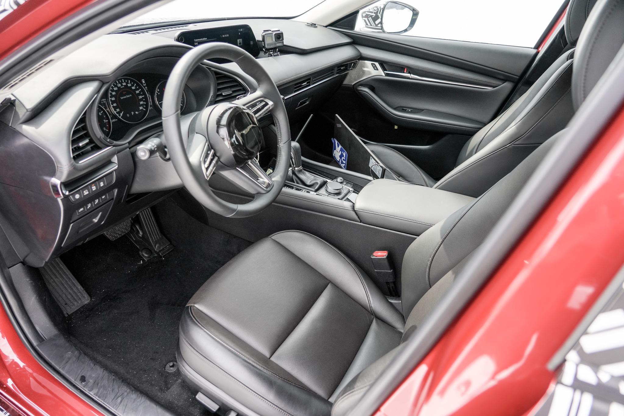 マツダ雪上取材会(2019) 新型Mazda3(次期型アクセラ)内装