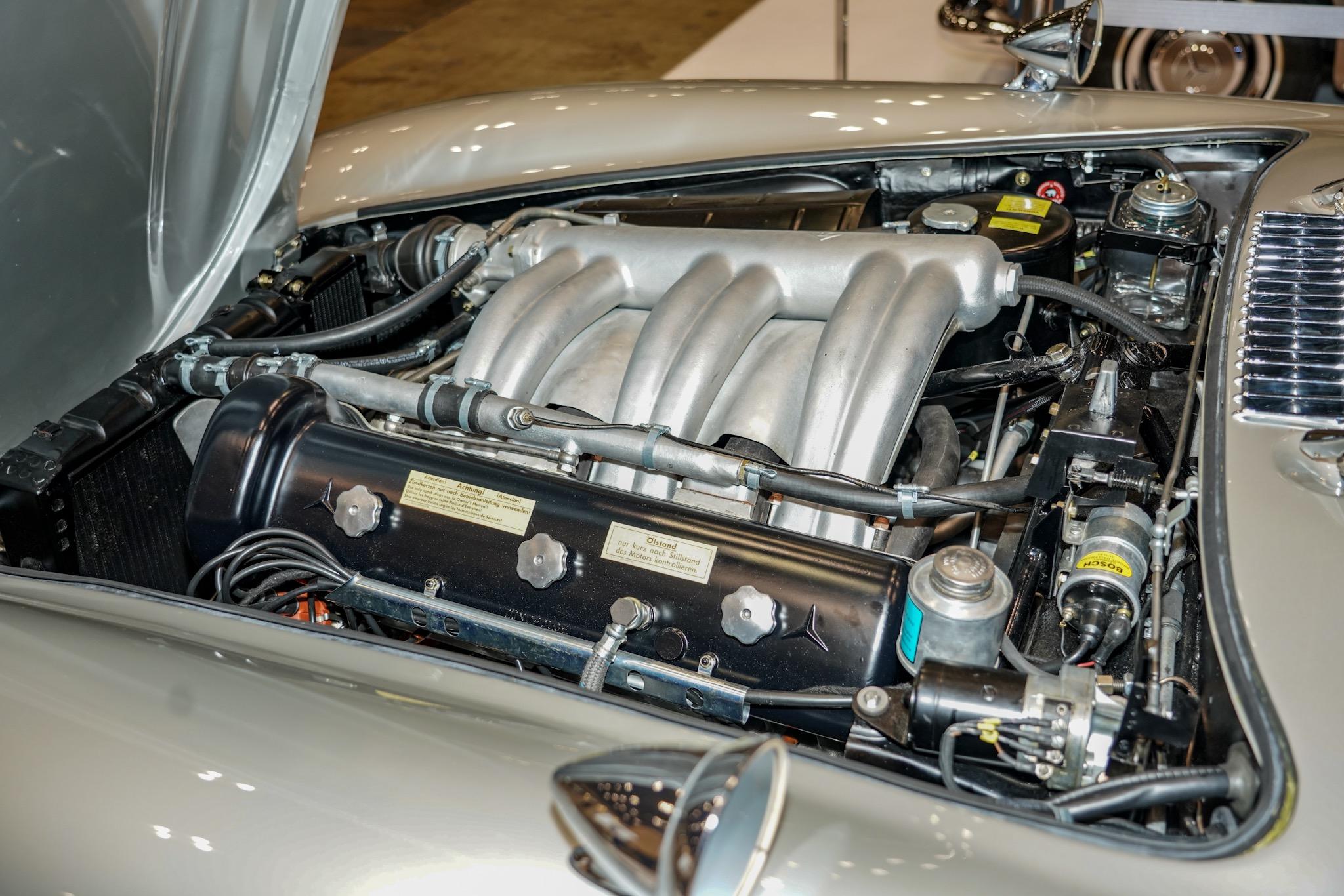メルセデスベンツ 300SL オートモビルカウンシル2019