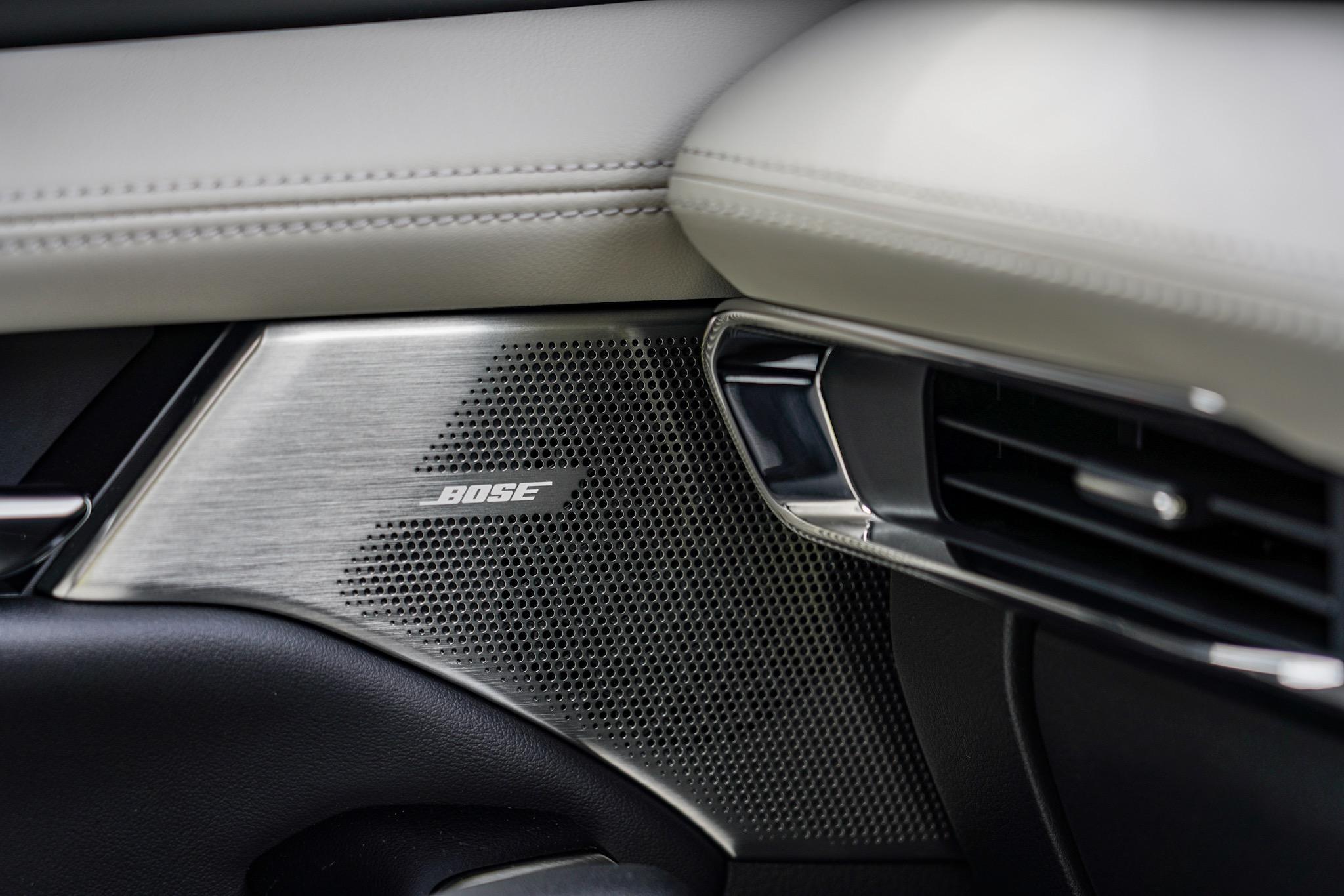 新型Mazda3 BOSEサウンドシステム
