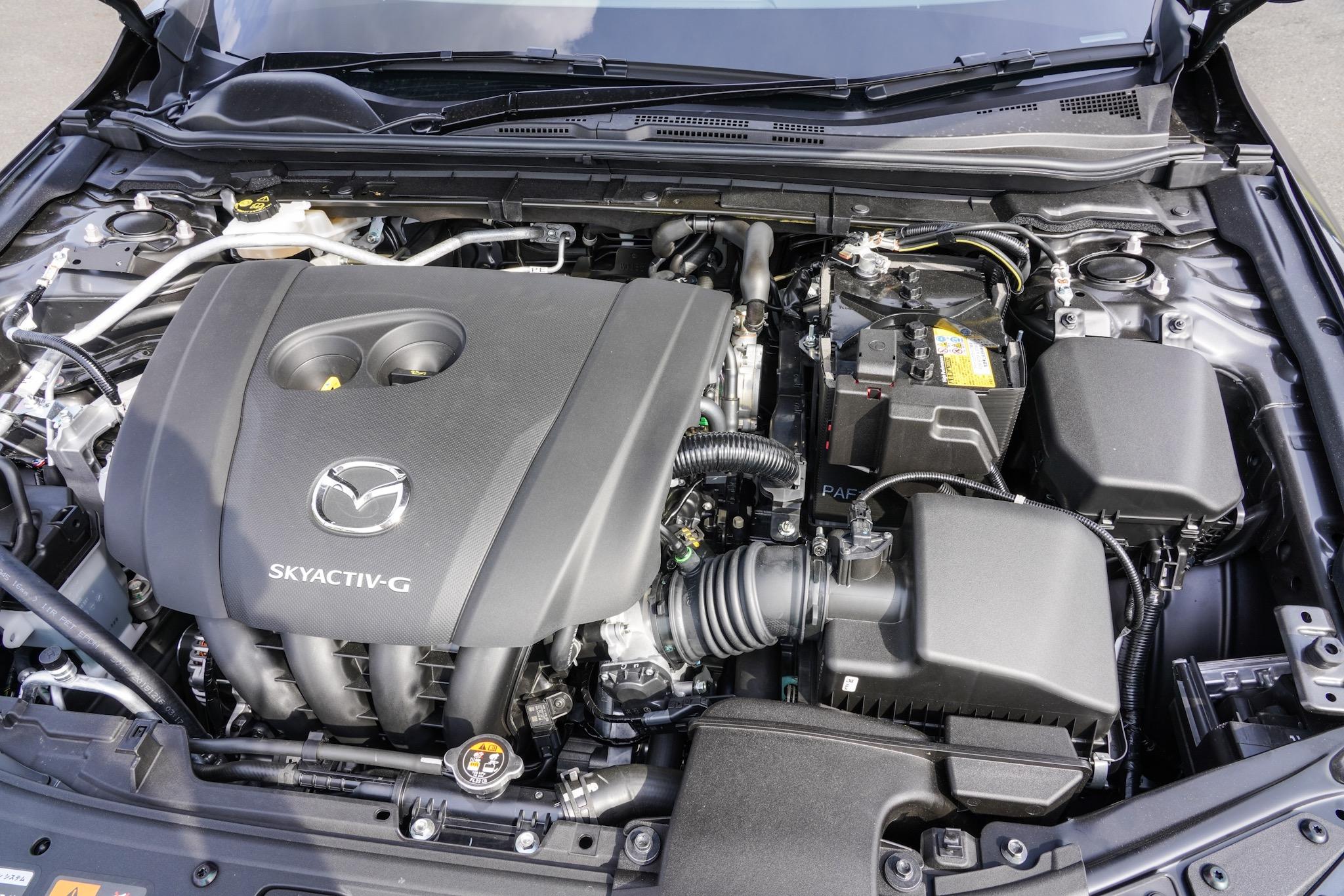 【セダン】MAZDA3 2.0L SKYACTIV-G ガソリンエンジン