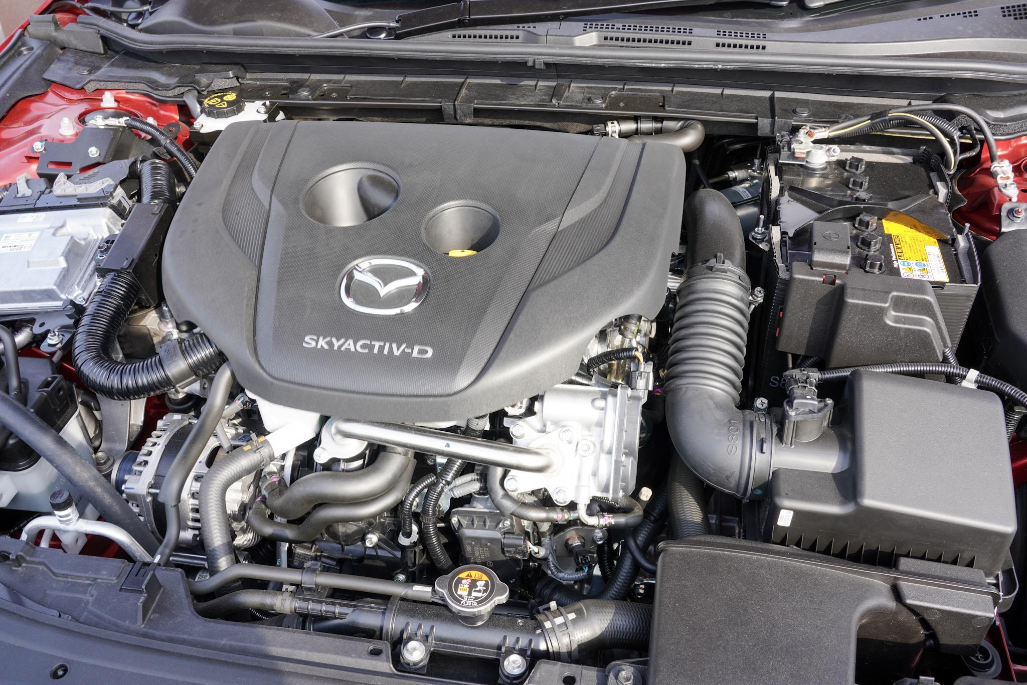 MAZDA3 1.8L SKYACTIV-D ディーゼルエンジン