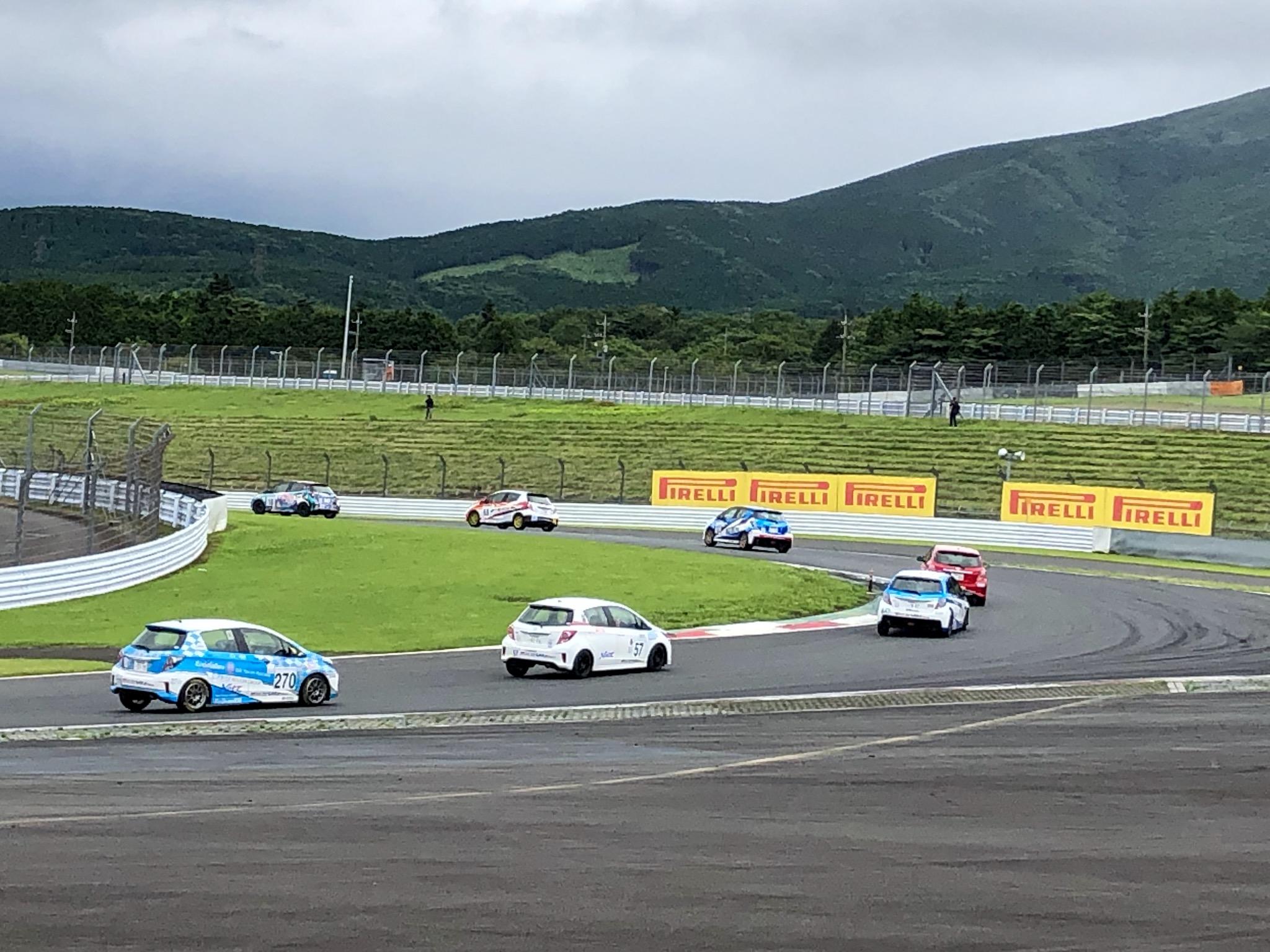 Netz Cup Vitz Race(ヴィッツ・レース)270番車 清水宏保選手