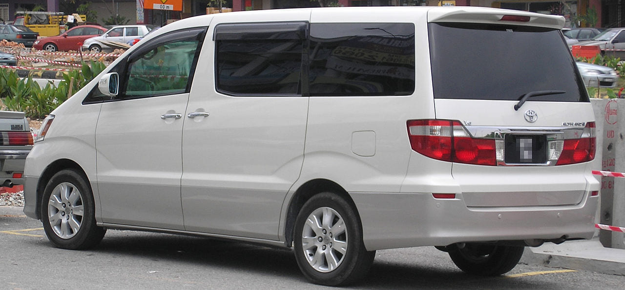TOYOTA_ALPHARD_UA-ANH10W_rear_side