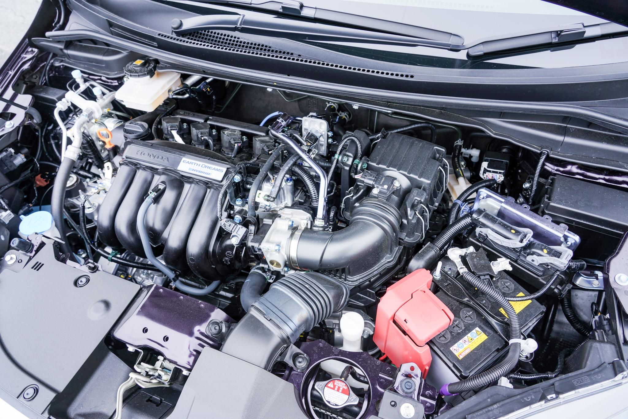 ホンダ シャトル 1.5L i-VTEC+i-DCD エンジン