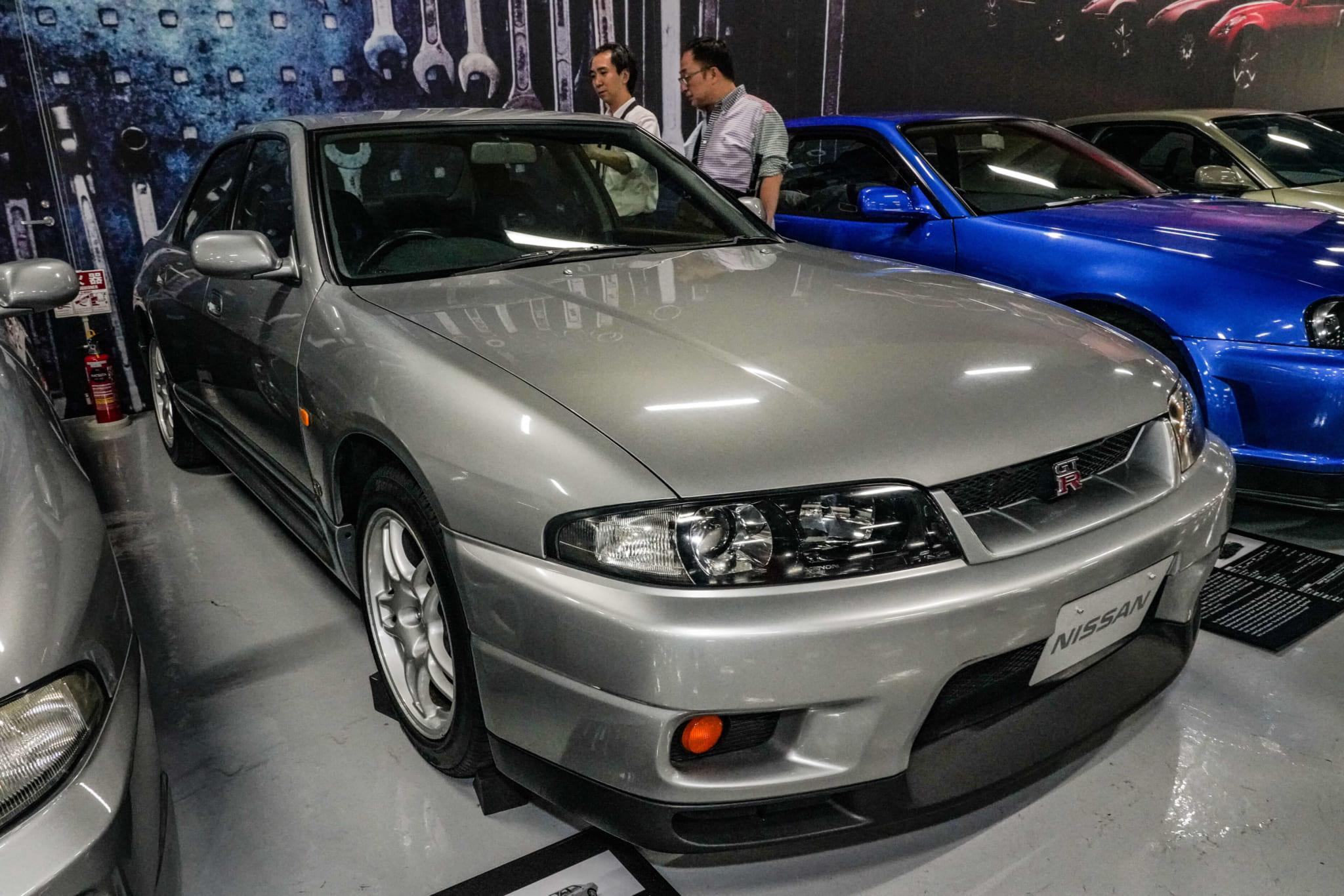 日産 スカイライン GT-R オーテックバージョン 40th アニバーサリー フロント サイド