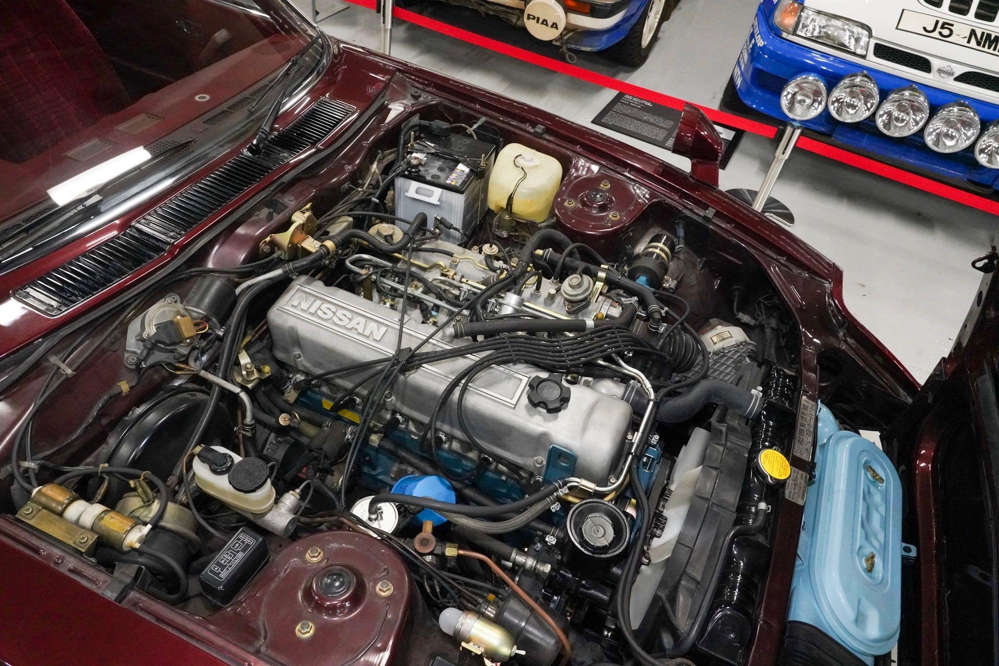 日産 フェアレディZ 280Z-T 2by2 エンジン