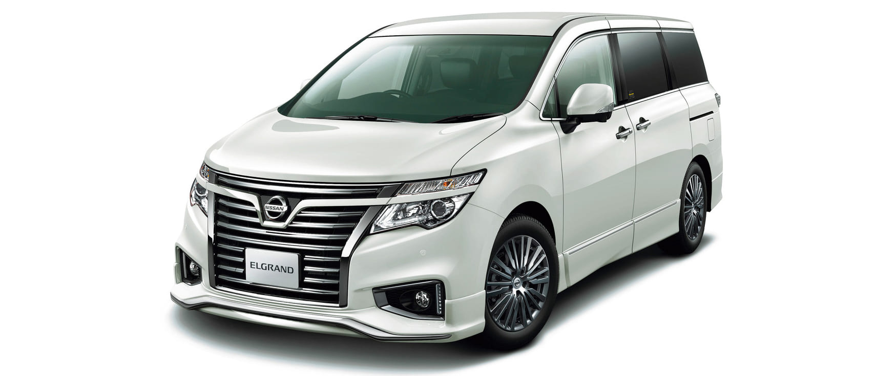 Nissan_ELGRAND_CBA-ME51_front_side