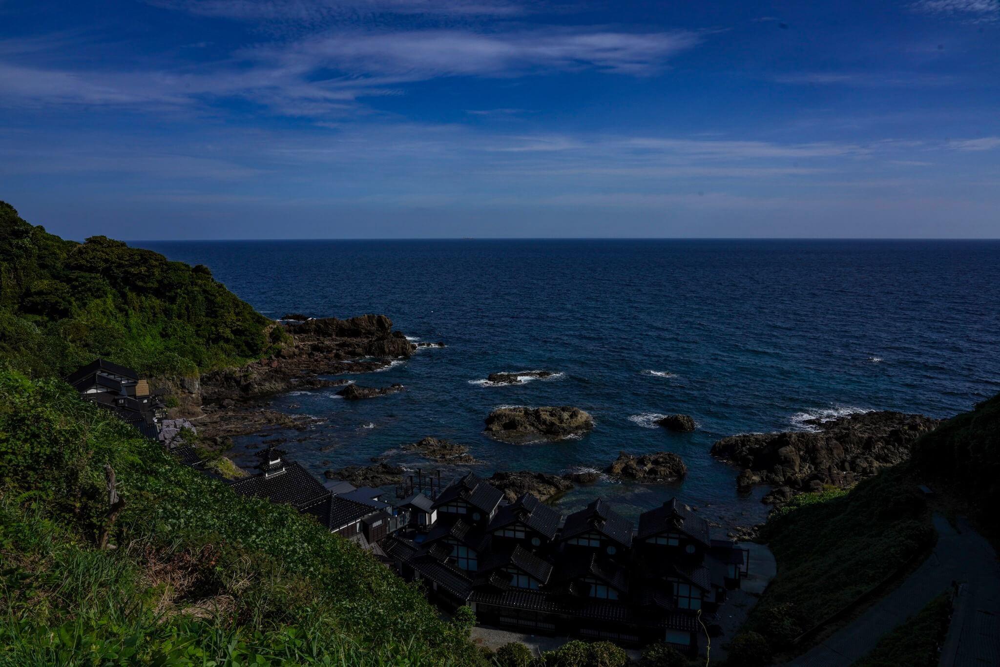 聖域の岬・青の洞窟 パワースポット「ランプの宿」
