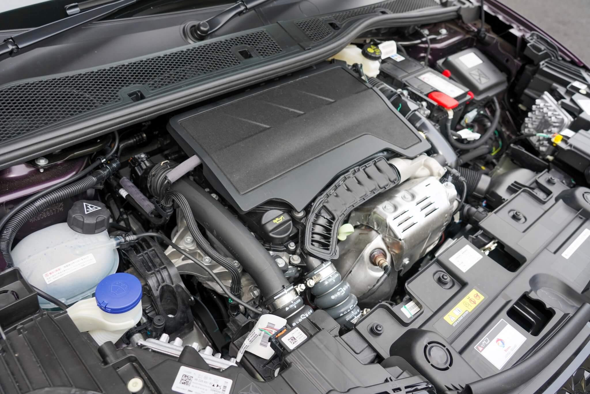 DS3クロスバックSUV エンジン