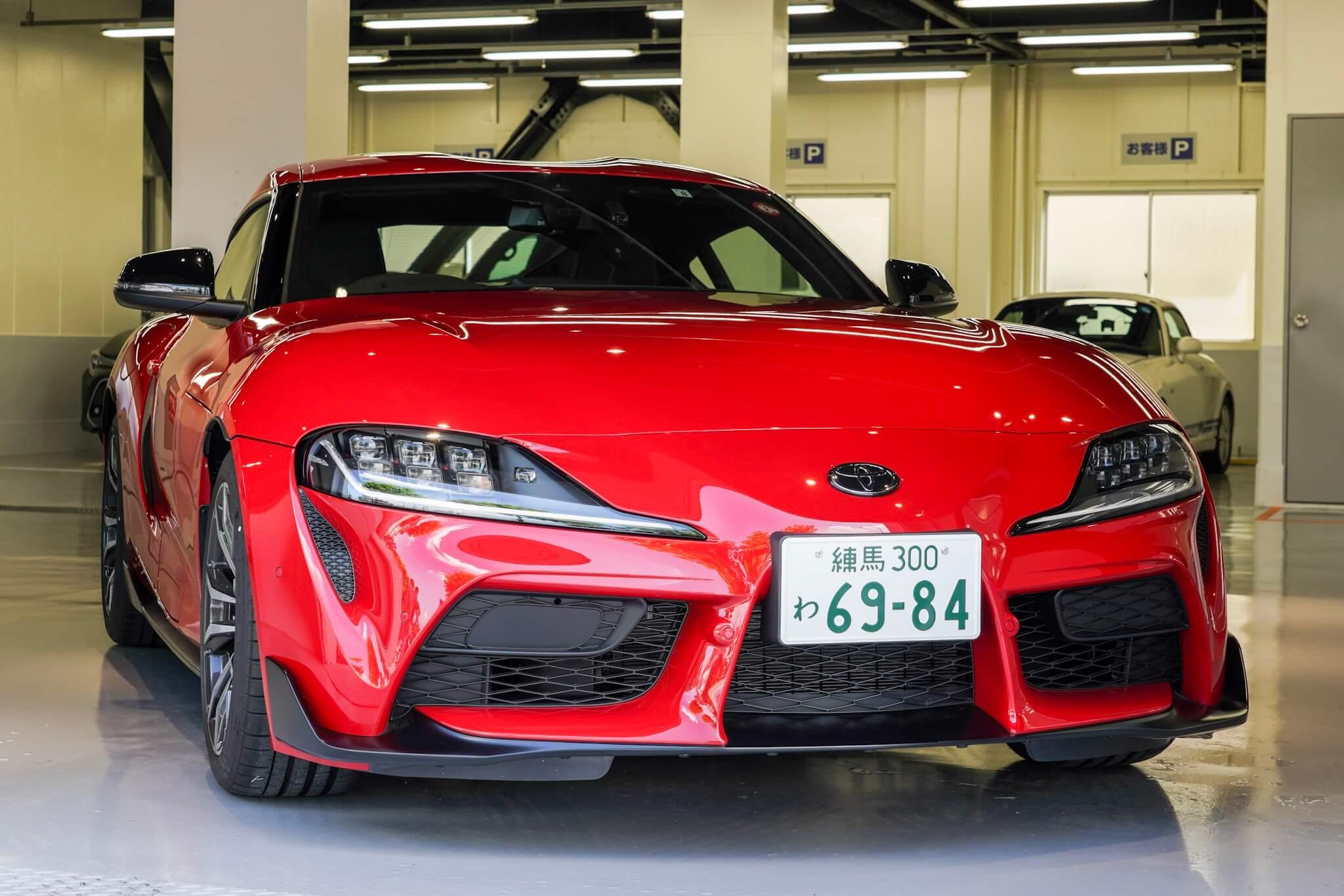 GR Garage 東京蒲田 新型スープラ