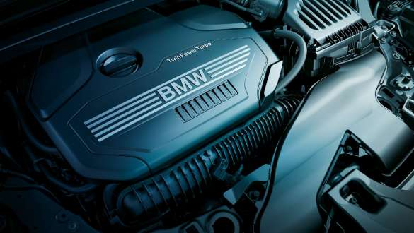 BMW X1 エンジン 2019年