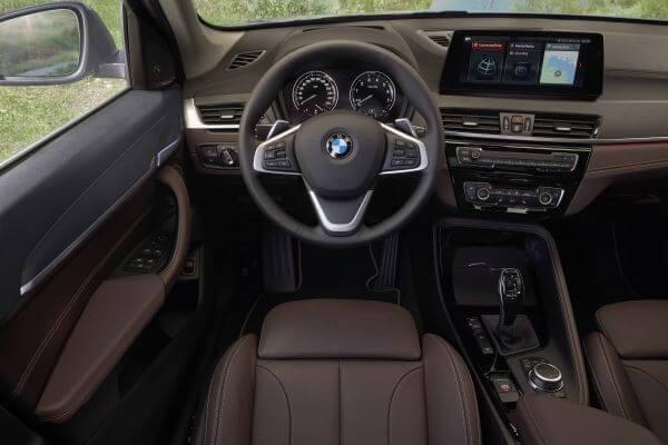 BMW X1 内装 コックピット 2019年型