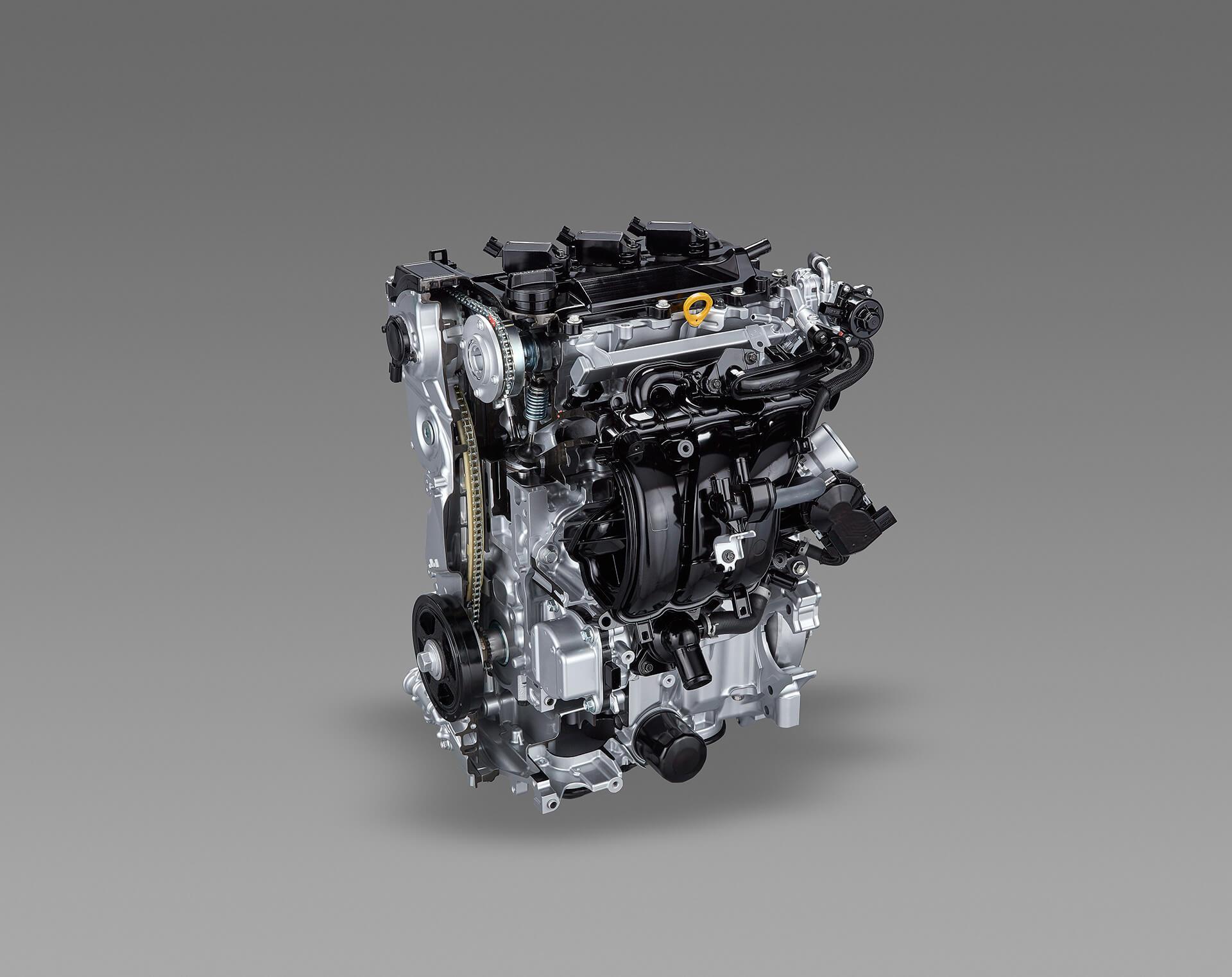 トヨタ ヤリス 1.5Lダイナミックフォースハイブリッドエンジン