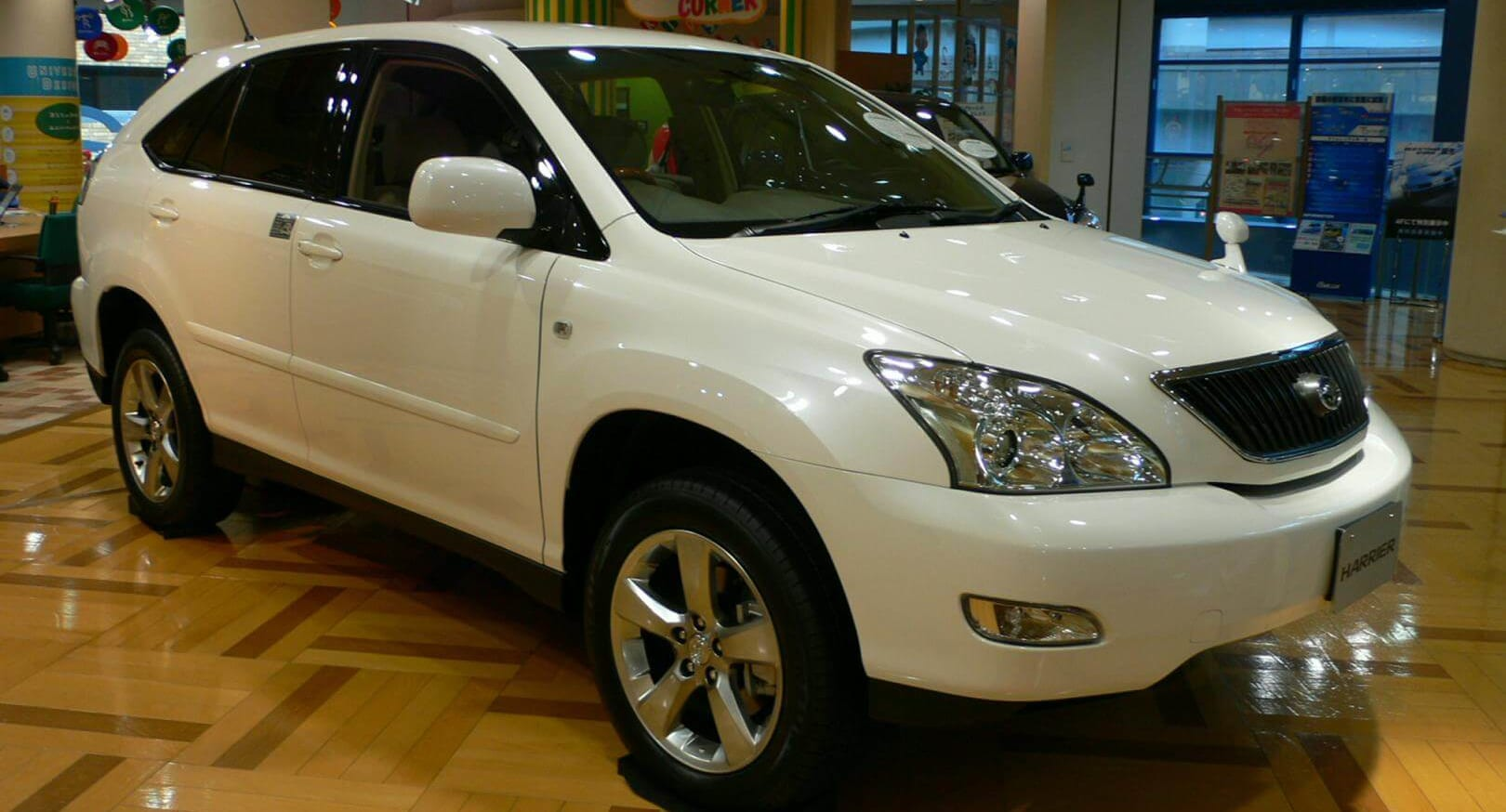 Toyota_harrier_UA-ACU30W_front_side