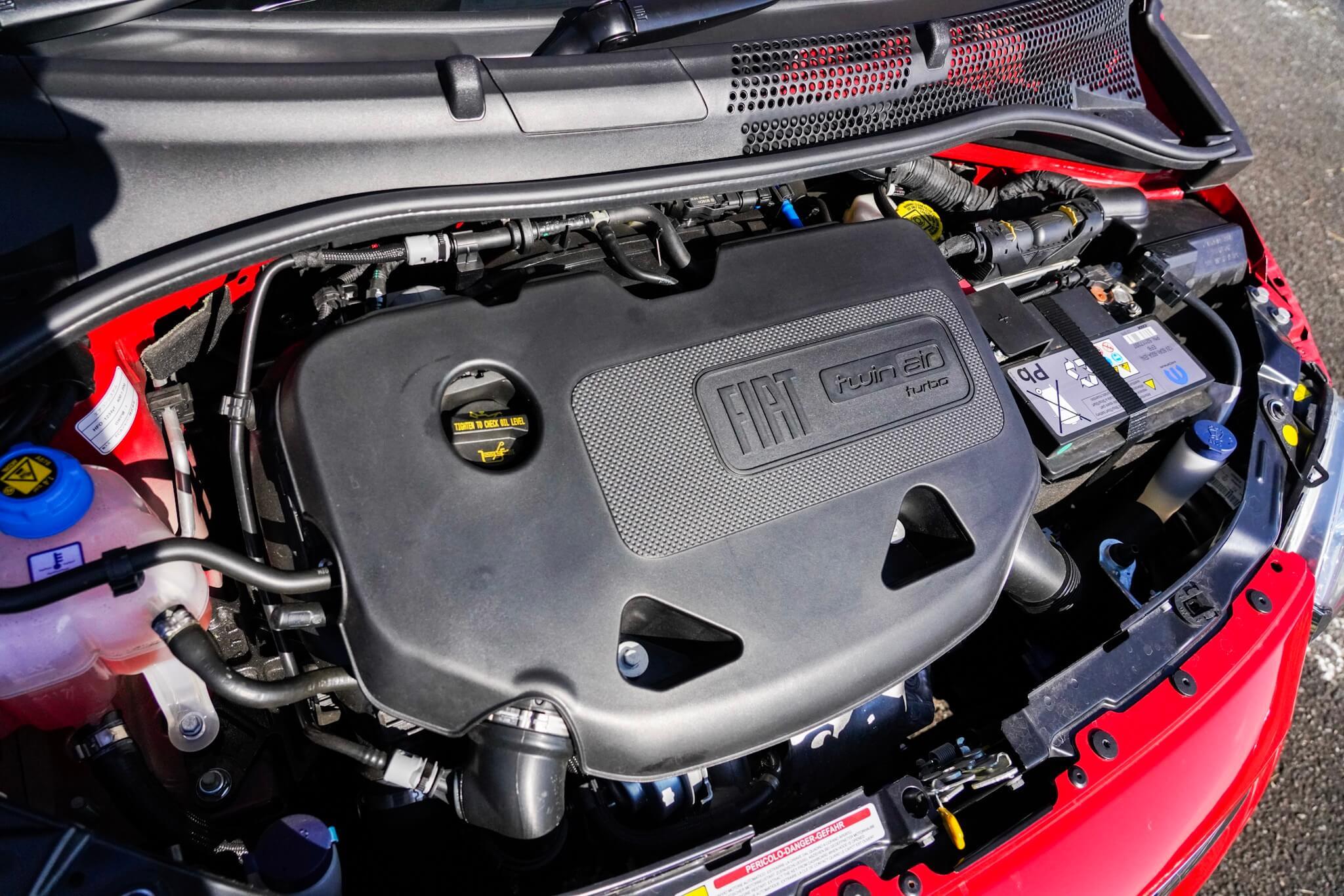 FIAT500 ツインエアエンジン
